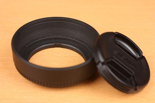レンズフードにもレンズフィルター用の溝が切ってある