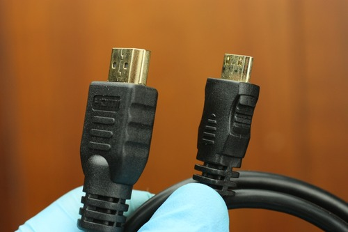 HDMI-ミニHDMIケーブル