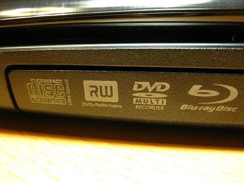 BD-ROMも読み込み可能