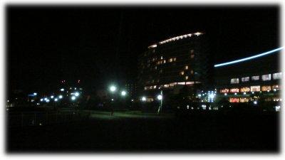 夜のレイクサイドパーク(大)