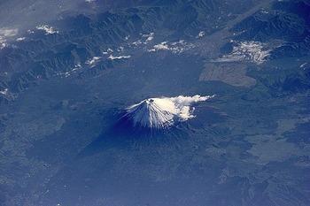 宇宙から見た富士山