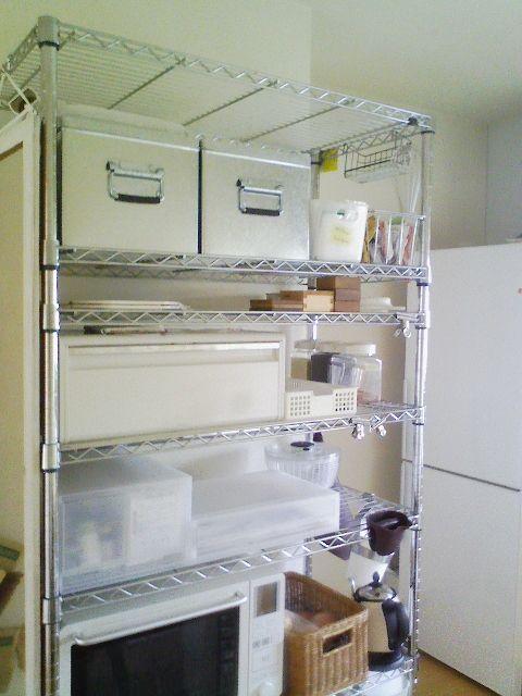 キッチンのメタルラックと無印のトタンボックス。 : ホンマに ...