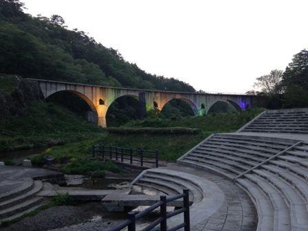 夕めがね橋