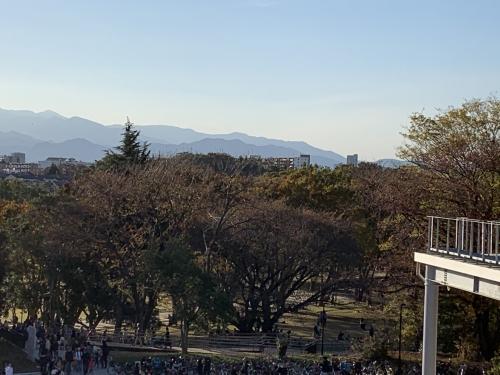 南町田グランベリーパーク駅から見える山々