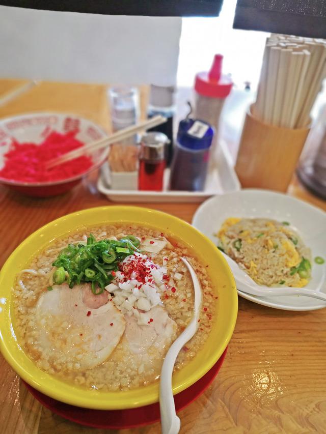 福間ラーメンろくでなし新宮店 限定麺3
