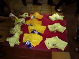 幸せの黄色いパンツたたき売り