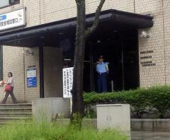 警察官がデリヘルでの感染隠しクラブで酒を…ママが怒りの激白「青森県警を訴えます」