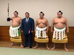 日馬富士引退に元朝青龍しみじみと「歴史が消える」