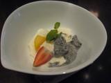 杏仁豆腐とゴマアイス