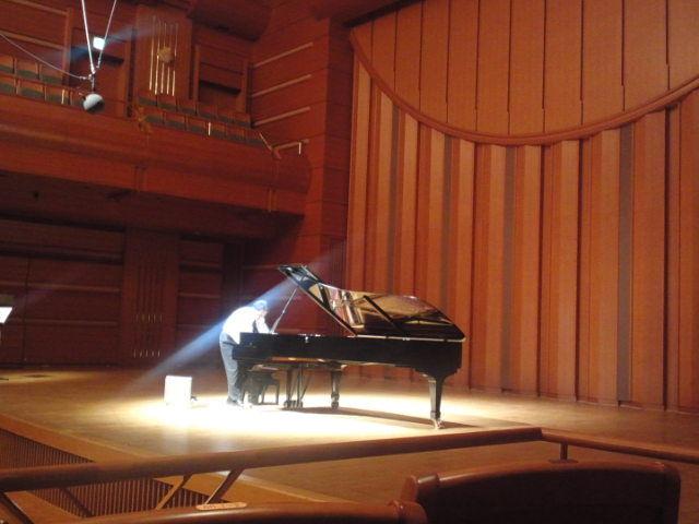 2011年、国際アマチュアピアノコ...