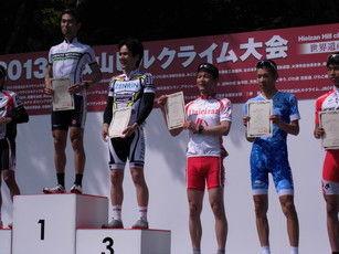 自転車の 実業団 自転車 クラス : 実業 団 レース デビュー 戦 で ...