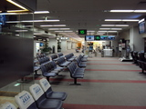 早朝の空港