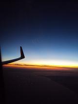 夕暮れ時のフライト