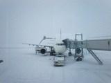 雪の旭川空港