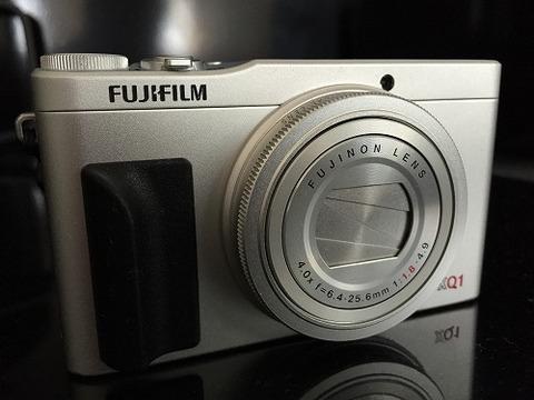 flip bac_カメラグリップ_XQ1_6