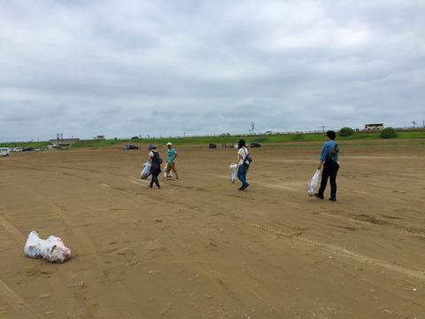 実践レポ:LELIBI定期海岸清掃(07/17、内灘)の様子