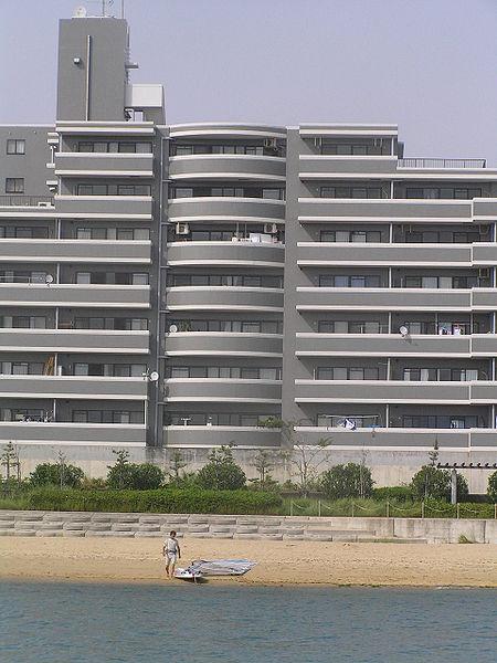 450px-Apartment_umibe_P5262031