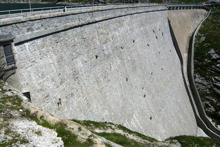 goats-dam-wide_28160_big