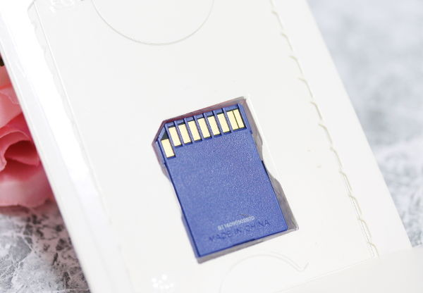 サンディスクSDHCカード(8GB)_5