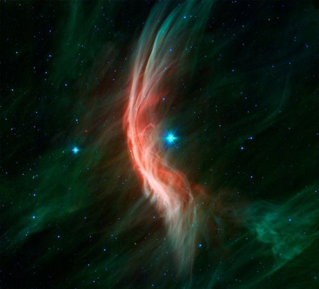 Space227-giant-star-dust-clouds