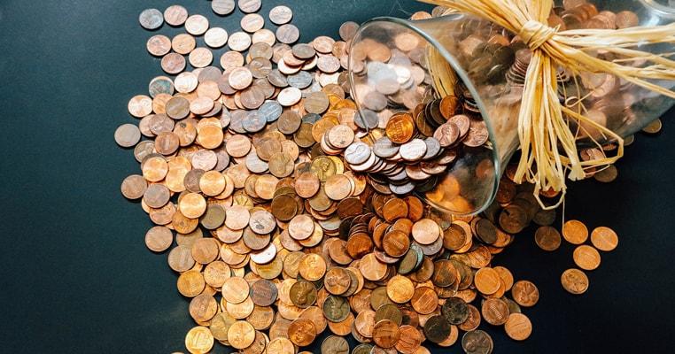 貯金をするだけではお金持ちになれない