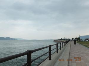 013_高松駅近く海岸1