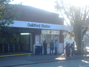 079_Guildford Stationその2