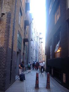 105_Street_in_London