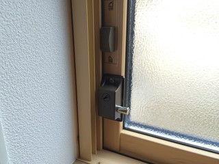 インサイドロック 取り付け 1 (2)