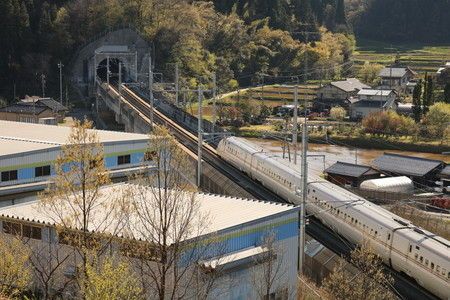 2 新幹線の見える丘公園 (3)