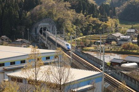 2 新幹線の見える丘公園 (1)