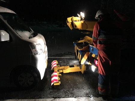 JAF 雪道 助け レッカー 移動 エンジントラブル (4)