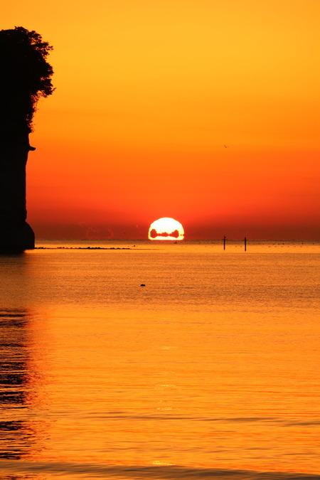 だるま太陽 氷見市 阿尾 雲 雲の演出 撮影 ポイント (6)