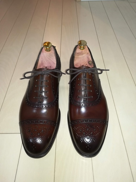 【画像】超高級革靴買ってきたからうpするけど?