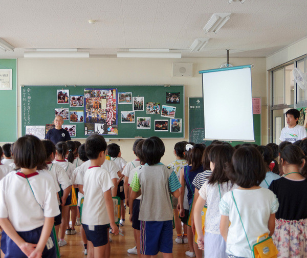 吉原小学校で吉原祇園祭