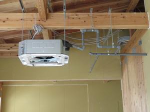 エアコン 取付及び電気配線