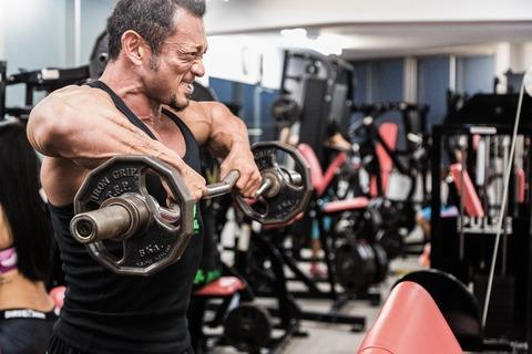 sports-gym-man-macho-dumbbel