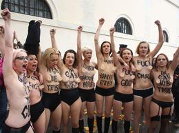 femen(FEMEN)とプーチン