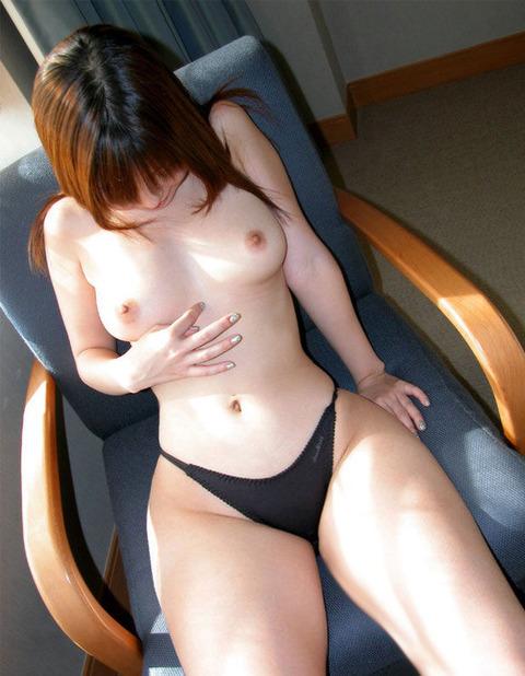 素人美乳  (4)