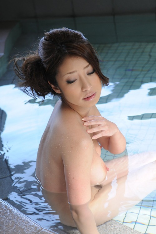 美乳オッパイ (25)