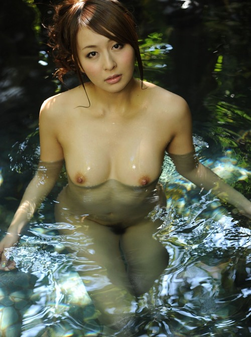 美乳オッパイ (15)