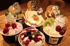 0812 原宿店 マンハッタンロールアイスクリーム