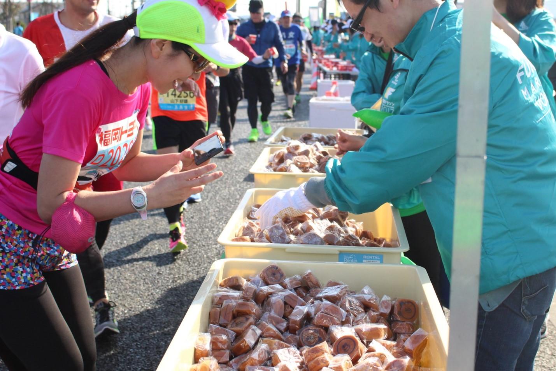 LINE 福岡マラソン_給食1
