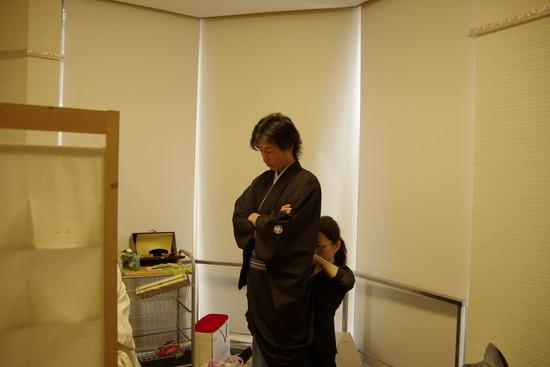 和装をスタジオで