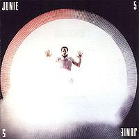 Junie 5