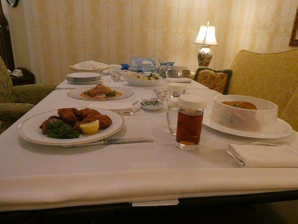 6 ランドホテルルームサービス