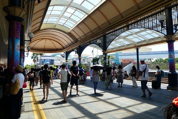 60 舞浜駅