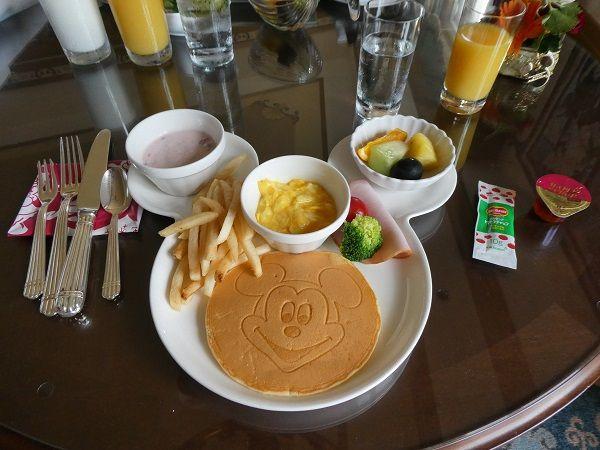 151 ハーバールーム朝食