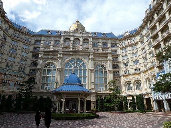 157 ランドホテル