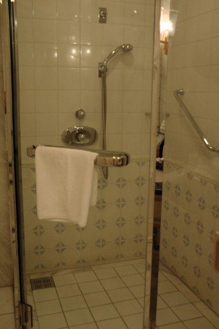 2 シャワー